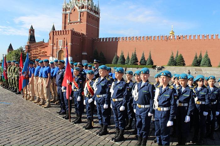Вдв патриотические клубы москвы конный клубы в москве на карте